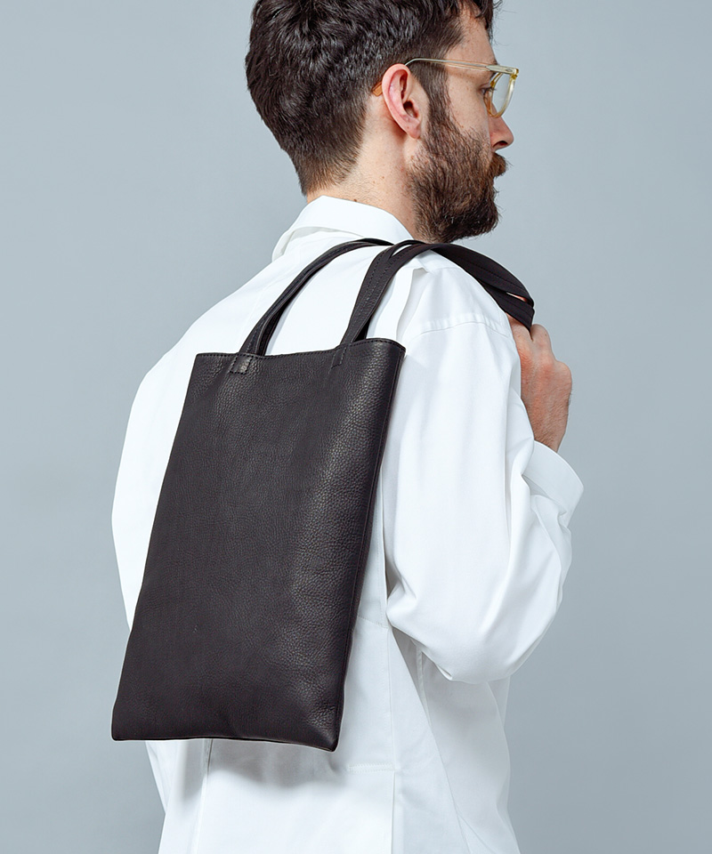 【MR.OLIVE E.O.I】【予約販売10月上旬~中旬入荷】WATER PROOF WASHABLE LEATHER -FLAT TOTE BAG (MEDIUM) トートバッグ(ME636)
