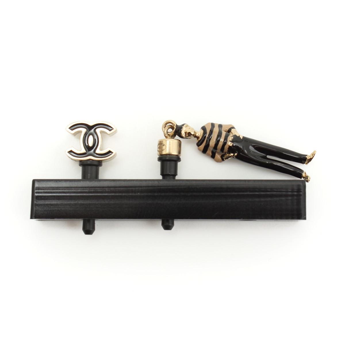 【シャネル】Chanel B14 ココマーク イヤホンジャック 2点 人形 【中古】【鑑定済・正規品保証】29415