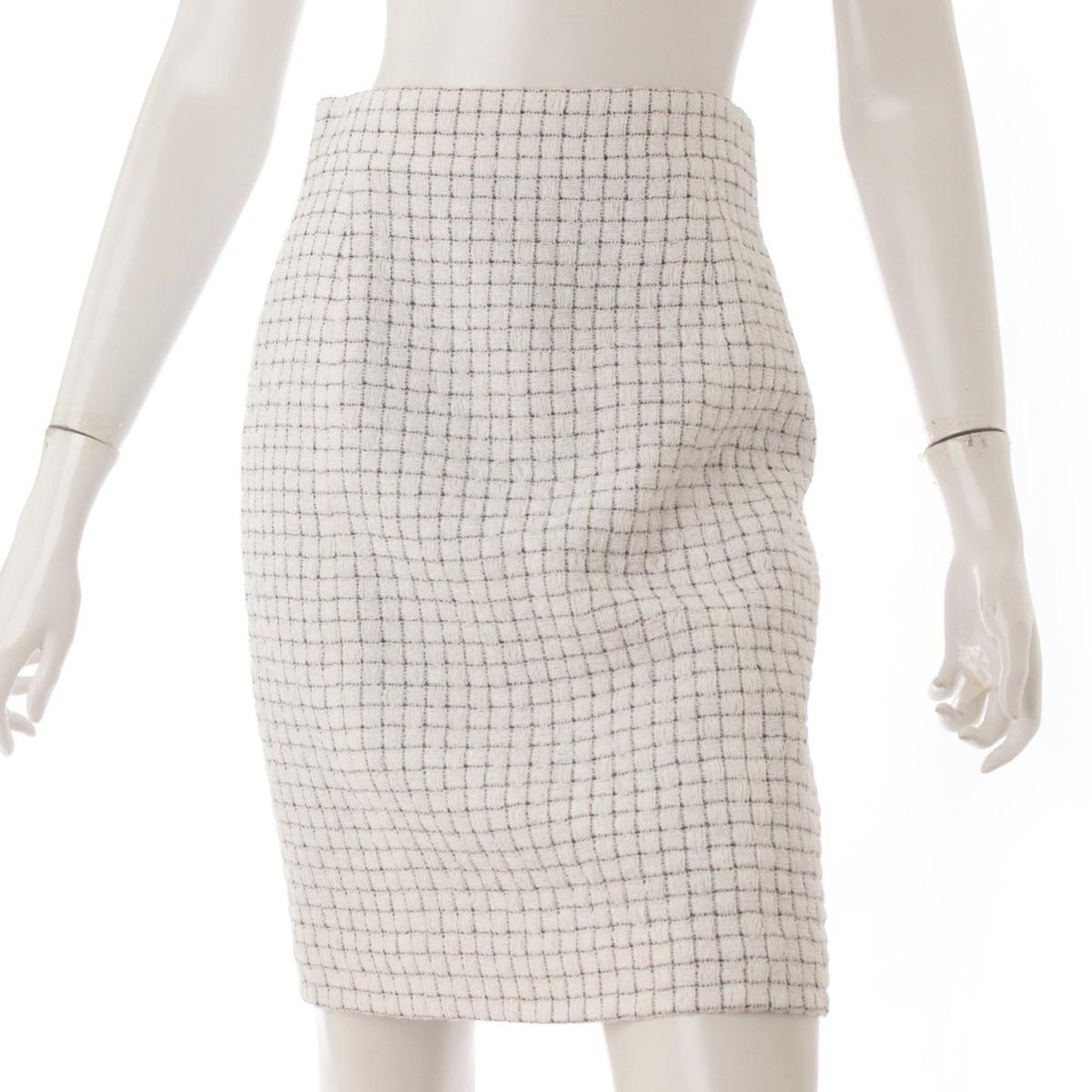 【シャネル】Chanel 16S シルク混 ツイード スカート P53792 ホワイト×ブラック 38 未使用【中古】【鑑定済・正規品保証】53501