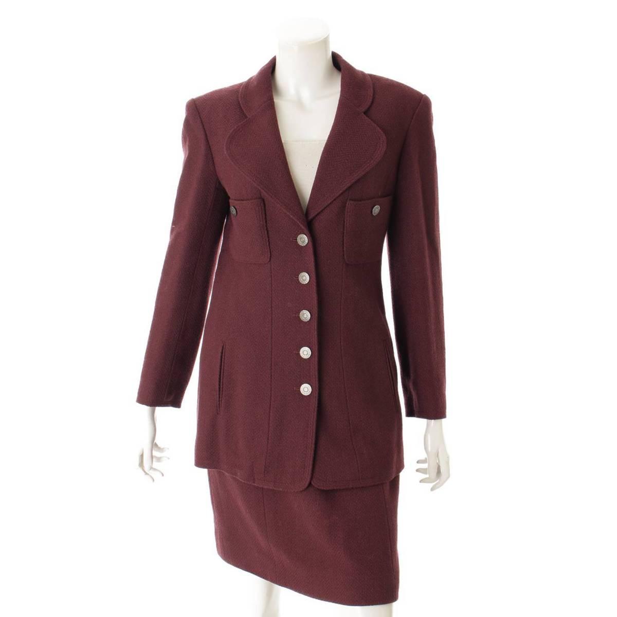 【シャネル】Chanel 97A ココマークボタン ウール ジャケット スカート セットアップ P09138 ワインレッド 40 【中古】【鑑定済・正規品保証】80441