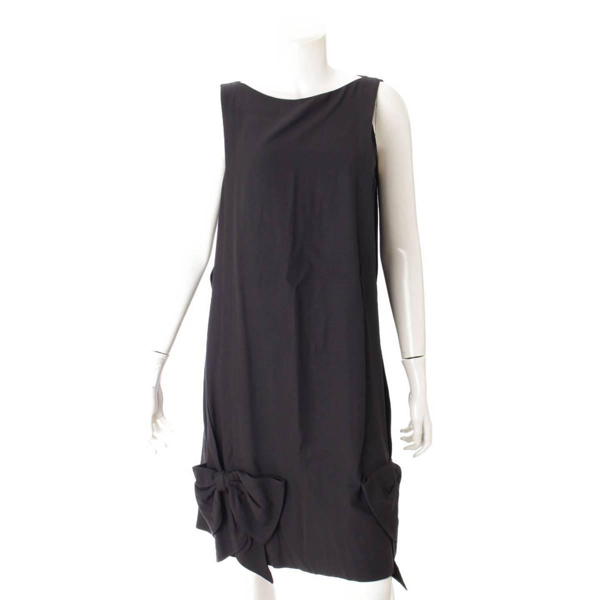【プラダ】Prada 17年 ノースリーブ 裾リボン ワンピース ブラック 42 【中古】【鑑定済・正規品保証】87768