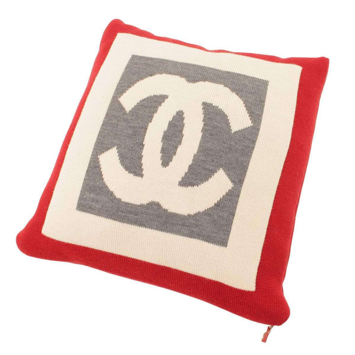 シャネル Chanel ウール カシミヤ ココマーク ダブルフェイス クッション 126882 超激得SALE グレー 着後レビューで 送料無料 鑑定済 中古 アイボリー 正規品保証 レッド