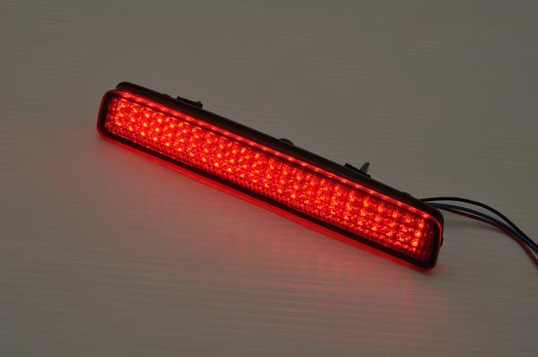【Revier(レヴィーア)】「全2色」ZVW40W/ZVW41W プリウスα/ NSP/NCP140系 スペイド/AGT20 サイオンTC 2段階光量付き LEDリフレクター //リアバンパーライト/リア/バンパー/ライト/ランプ/ダブル/機能/反射/反射板/alpha/prius/40系/porte/spade/SCION