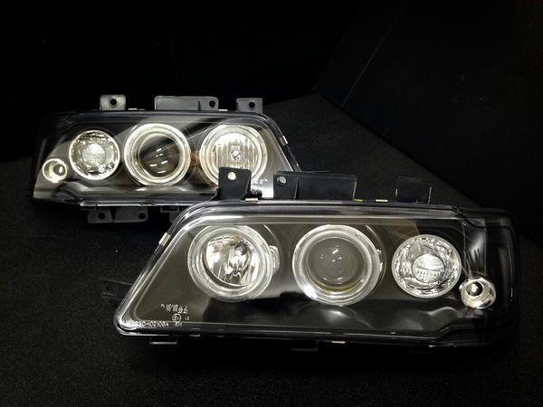 在庫処分!プジョー405 LEDイカリング付きヘッドライト 左右セット インナーブラック //ヘッドランプ/カスタムパーツ/カスタムパーツ/Peugeot405/セダン/ブレーク/MI16/ステーションワゴン/補修パーツ/修理パーツ/アフターパーツ