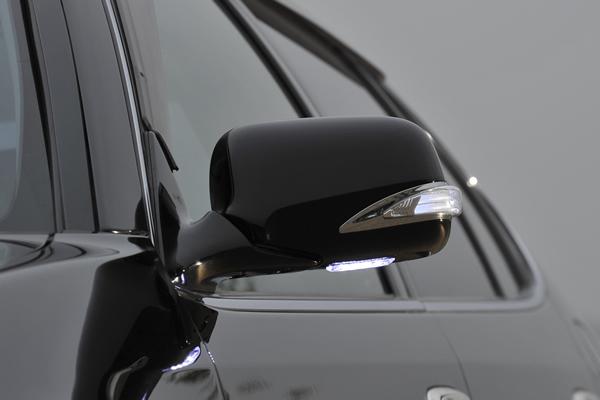 【Revier(レヴィーア)】15系(前期・後期)クラウン/マジェスタ LEDライトバーLEXUSルックメッキリム付 LEDウインカードアミラー フットランプ付純正交換タイプ塗装済 202/062/051/199/1C0 //LEDウインカーミラー/LEDドアミラー