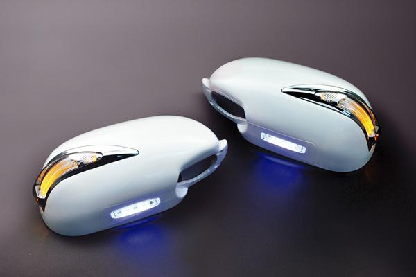 【Revier(レヴィーア)】スカイラインセダン(V35) LEDライトバーLS600ルックメッキリム付 LEDウインカードアミラー フットランプ付純正交換タイプ塗装済 KH3/QX1/KY0/K23/WV2/メッキ //LEDウインカーミラー/LEDドアミラー