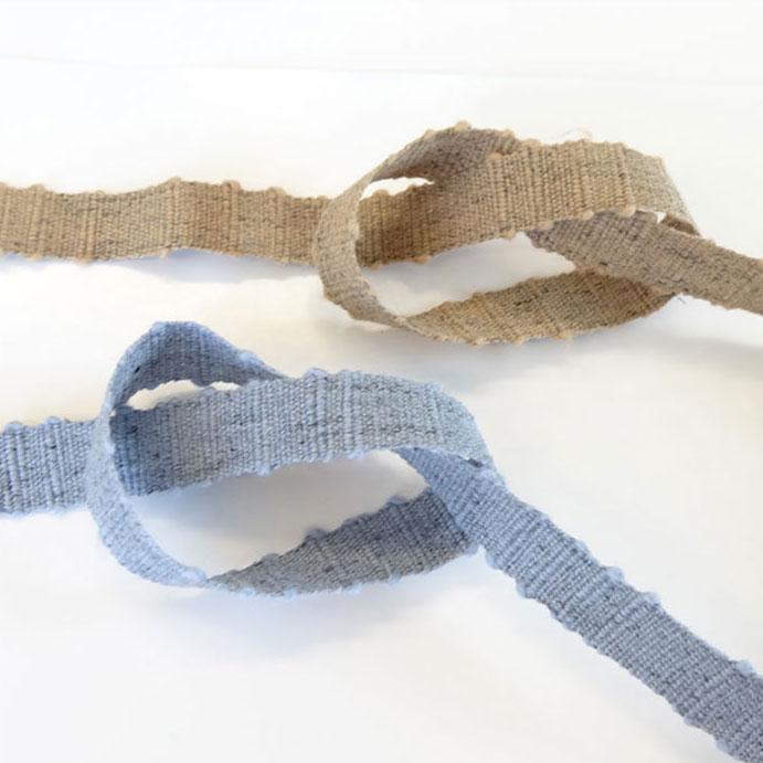 綿と麻混のメランジュスラブリボンです♪ メランジュ スラブ リボン 24mm 30m巻き 全7色 SHINDO 手芸 服飾 杢調 SIC-219-240
