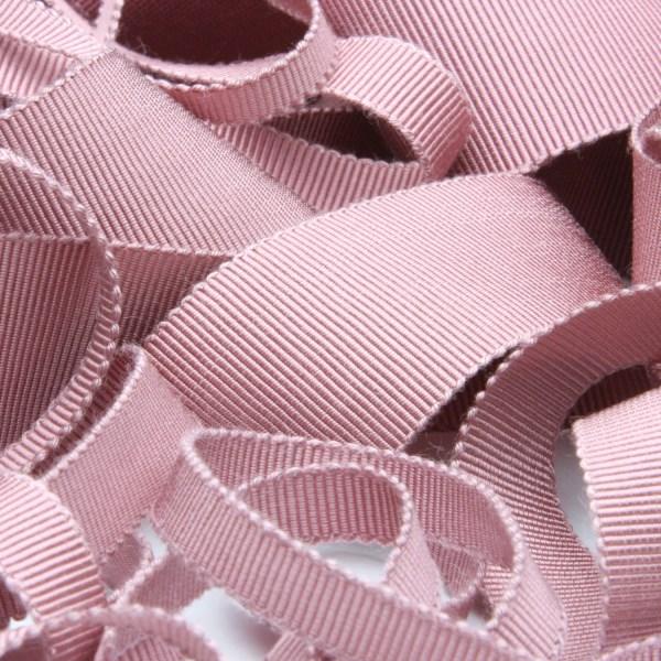 5%OFF プロも絶賛 上品な光沢で高級感溢れる日本製グログランリボン グログランリボン 35%OFF レーヨン 15mm オールドローズ 9.14M巻 服飾 RIBBON ラッピング FUJIYAMA 手芸