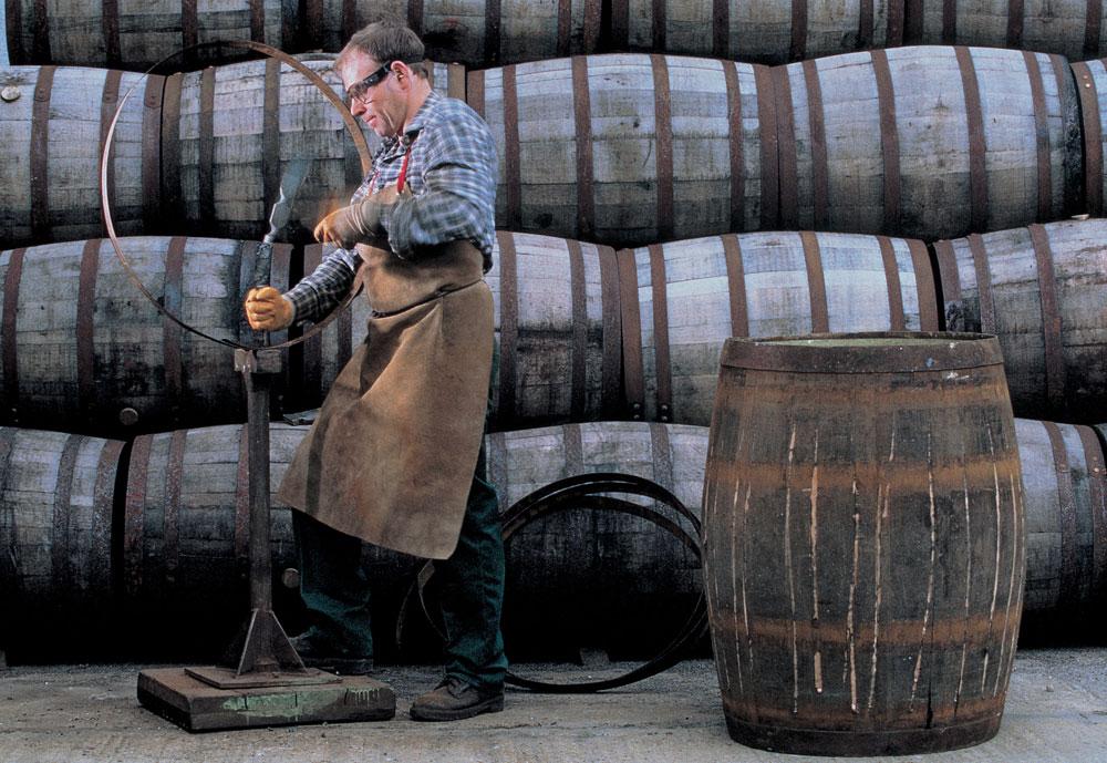 [箱入] グレンフィディック 15年 ソレラ 40度 700ml【ウィスキー スコッチウイスキー 結婚祝い ギフト 洋酒 お酒 誕生日プレゼント 酒 内祝い 退職 お礼 男性 お返し 父 お祝い スコッチウィスキー 誕生日 ウイスキー 母の日 父の日】【ワインならリカオー】