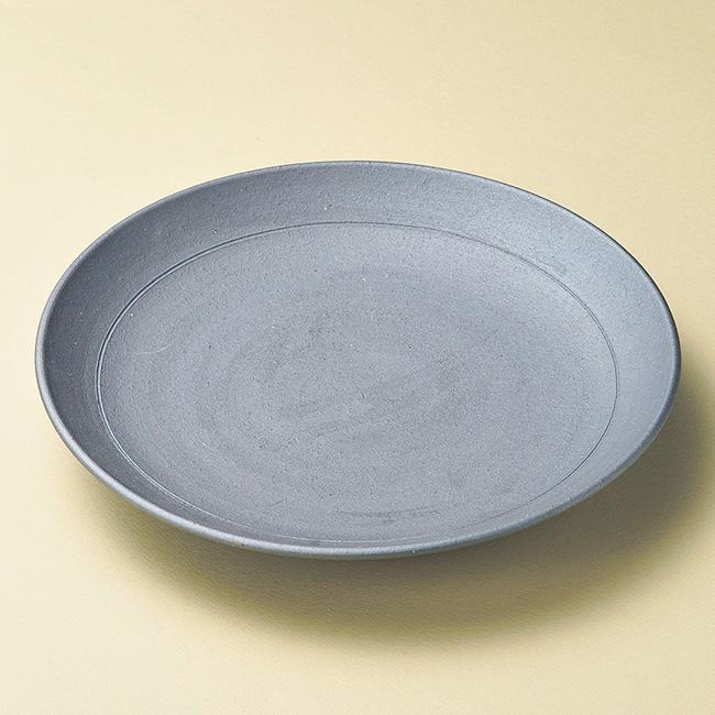 和食器 黒焼締 丸皿 信楽焼 30×4.5cm プレート うつわ おさら おうち 陶器 カフェ おしゃれ 軽井沢 春日井