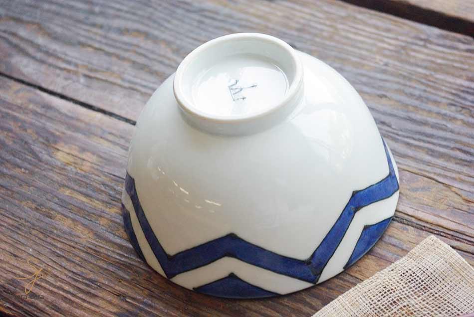波佐見焼 手描き ロッカクスター ご飯茶碗 大(染付けブルー青)染幾何紋