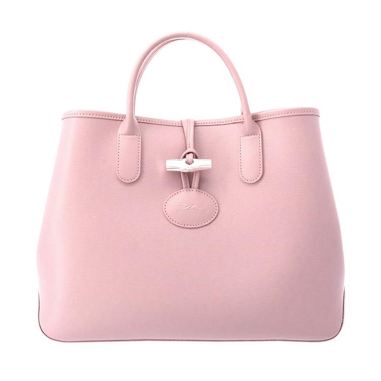dbdd6f9fa8c4 ピュアなラインと理想的なサイズが魅了的なアイコントートバッグは、必需品が難なく収納できる毎日のマストアイテムです。