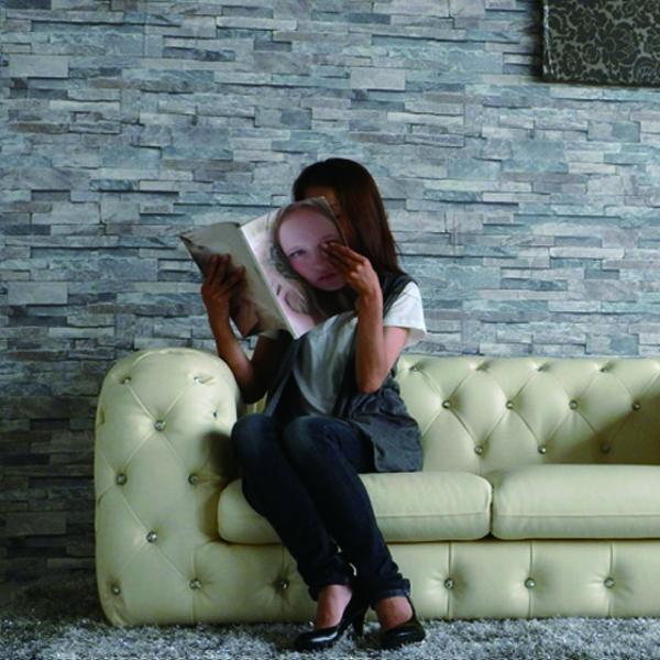 ソファー 2人掛け 高級感 ホワイト色 2.5Pソファー ローソファー ビジュー 合成皮革 北欧風 リビング家具 エレガント 個性的 新生活 お引越し セレブ 送料無料