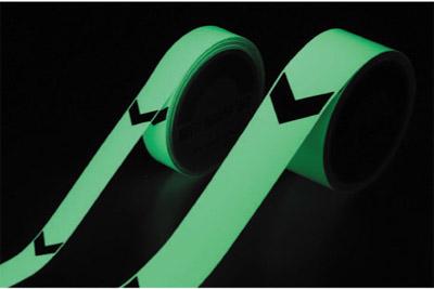 高輝度蓄光テープ (矢印付き) 50mm幅×10m FLA-5010
