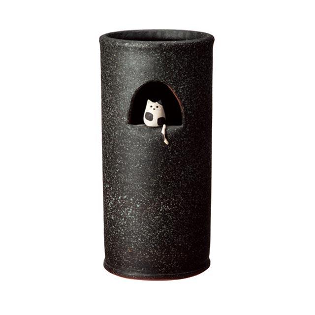 信楽焼きの傘立「小窓ねこ傘立」伝統 工芸品 しがらき 陶器 陶製 和風 玄関 レインラック アンブレラスタンド ラック 産地直送 玄関収納 かさたて 傘たて カサ立て アンティーク 色 リフル おしゃれ