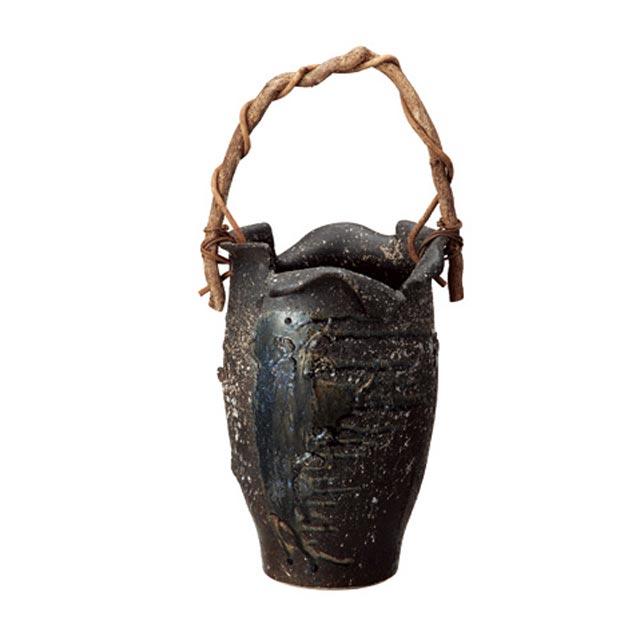 信楽焼きの傘立「黒ビードロつる付傘立」伝統 工芸品 しがらき 陶器 陶製 和風 玄関 レインラック アンブレラスタンド ラック 産地直送 玄関収納 かさたて 傘たて カサ立て アンティーク 色 リフル おしゃれ