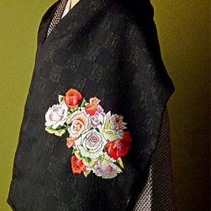 手刺繍 ショール シルク100% 薔薇 バラ(黒×うす藤)