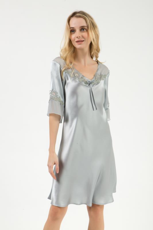 シルクナイトウエア 半袖ワンピ-ス・ルームウェア 胸袖部分刺繍とても美しさアップ  新商品