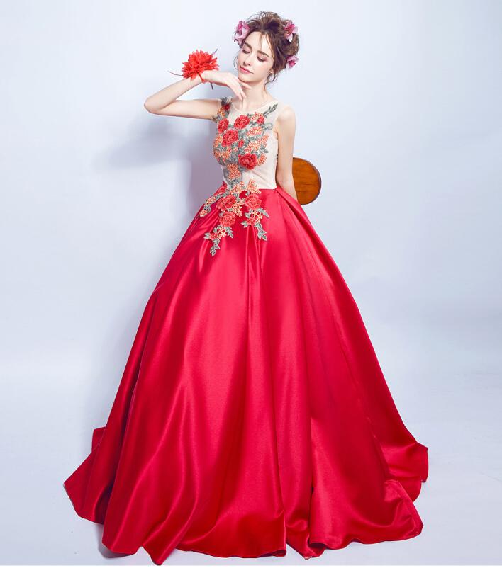 Wedding Gowns Ri: Riricollection: Wedding Dress Colored Racesless Wedding