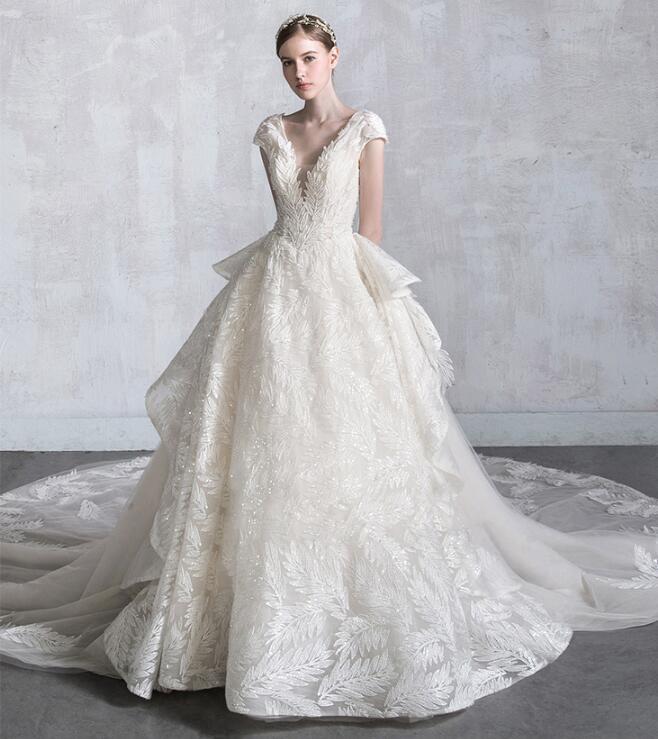 最新作 高級 ウエディングドレス 上品 リーフ柄 刺繍 結婚式 披露宴 前撮り 海外挙式  dress-519