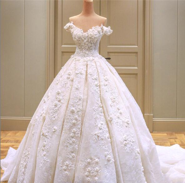 meters of high-quality wedding dress
