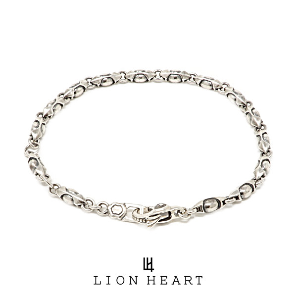 LION HEART ライオンハート HOWL 販売 スモールファングドブレスレット 01BR0011SV ハウル ライオンハートブレス あす楽 人気ブランド メンズ シルバー 送料無料限定セール中 ブレスレット 送料無料