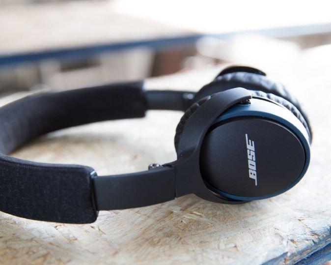 Bose SoundLink on-ear Bluetooth headphones : ワイヤレスヘッドホン 密閉型/オンイヤー/Bluetooth対応/通話可能 ブラック SoundLink OE BT BK【国内正規品】