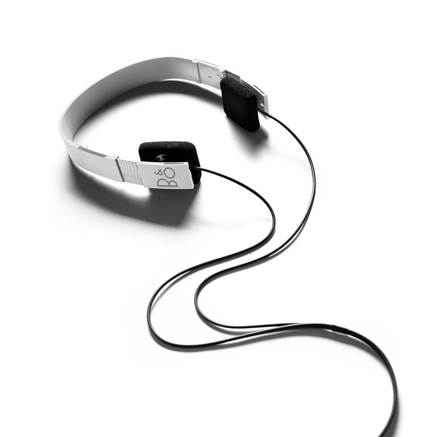 【送料無料】 Bang & Olufsen Form 2 ホワイト