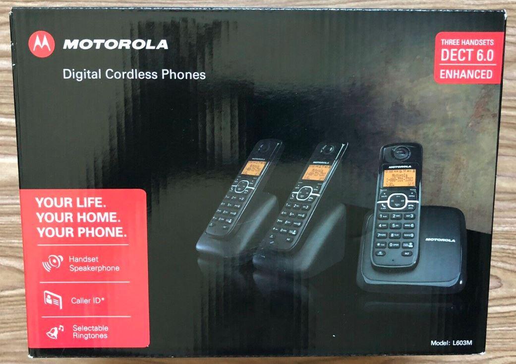 MOTOROLA   Digital cordless phone モトローラ  コードレス 電話機 子機2台付き