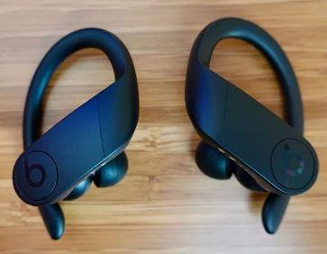 Beats ワイヤレスイヤフォン Powerbeats Proイヤホン本体のみ左右セット新品(充電ケースなし)