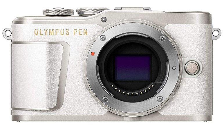 新品 OLYMPUS ミラーレス一眼 PEN E-PL9 ボディー ホワイト