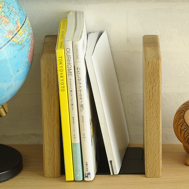PLAM (plum) FUN bookends square / Bookshelf / book stand / bookends / wood / Nordic / natural / fashion / kids / children / desk /