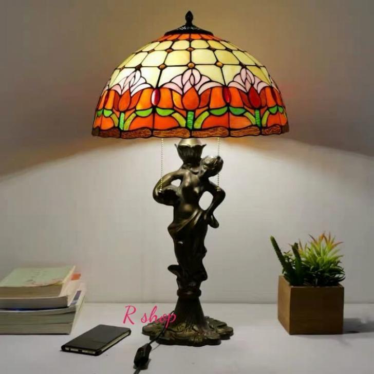 ~生活をカラフルオシャレに~ Aガラス工芸スタンド 上品ステンドグラスランプ 卓上照明 お買得 豪華テーブルランプ 卓上スタンド 限定モデル