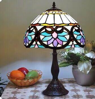 豪華ステンドグラス テーブルライト 卓上照明 ステンドランプ