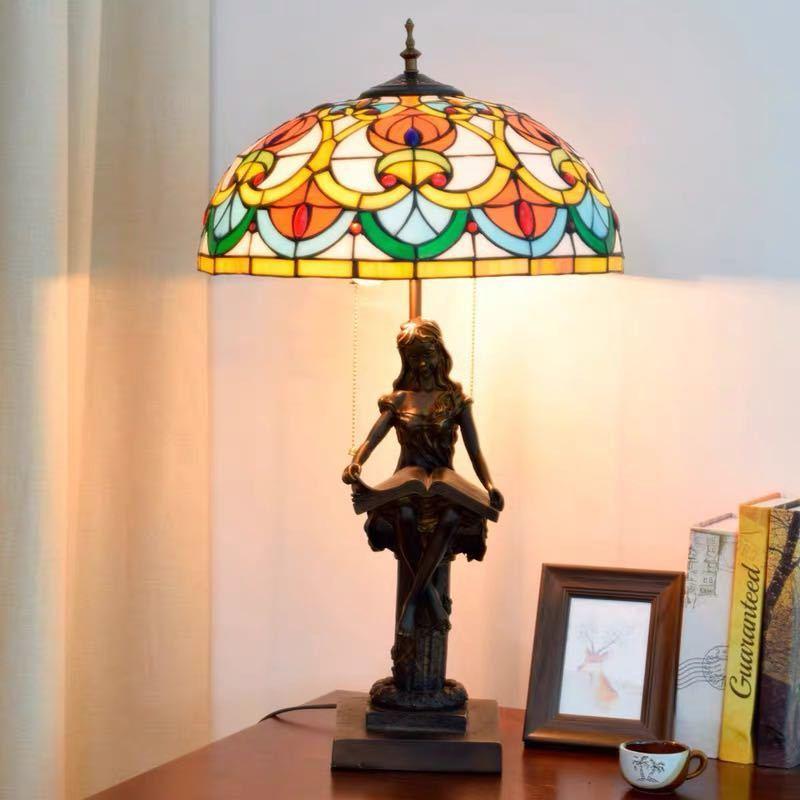 ~生活をカラフルオシャレに~ ステンドグラスランプ 卓上スタンド ガラス工芸スタンド 豪華テーブルランプ 定番の人気シリーズPOINT 卓出 ポイント 入荷 卓上照明