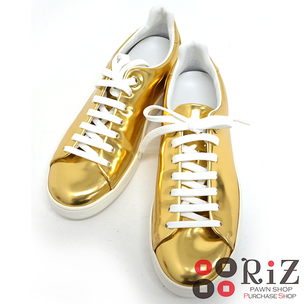 【6/23値下げ品】【中古】 LOUIS VUITTON (ルイヴィトン) スニーカー 靴 靴/レディース ゴールド