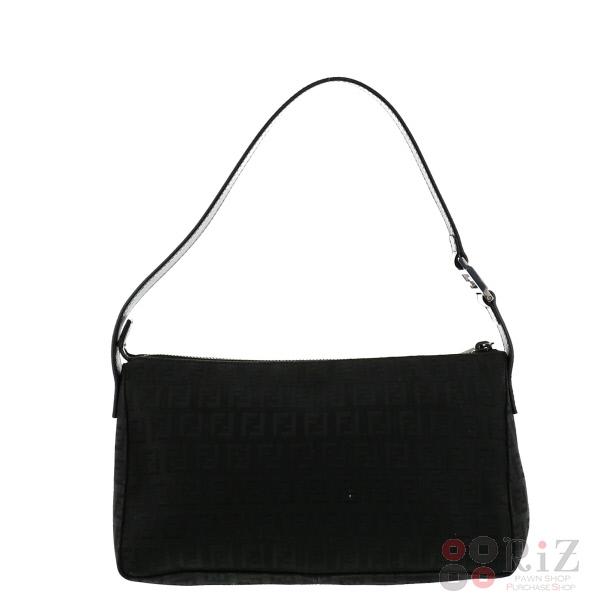 【中古】FENDI (フェンディ) ズッカ ショルダーバッグ バッグ ショルダー/メッセンジャーバッグ Black used:A