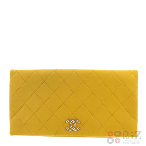 【中古】CHANEL (シャネル) ラムスキン クラッチバッグ バッグ ハンドバッグ Yellow used:A
