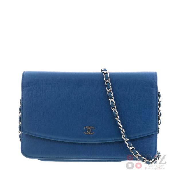 【中古】CHANEL (シャネル) キャビアスキン チェーンウォレット バッグ ショルダー/メッセンジャーバッグ Blue A68151 used:B