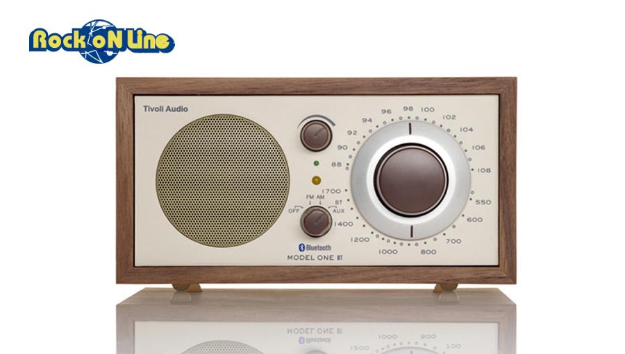 Tivoli Audio(チボリオーディオ) Model One BT クラッシック・ウォールナット/ベージュ【オーディオ】【ラジオスピーカー】【インテリア】