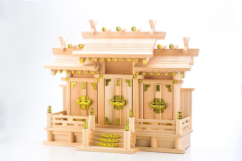 国産東濃檜製神棚 日本製 低床型屋根違い三社神棚 なごみ 小 【あす楽対応】 白木 無塗装 木曽桧 ひのき