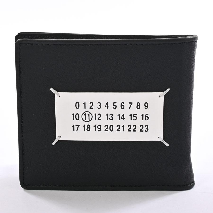 ショッピングローン24回まで無金利 信販会社ジャックス 未使用品 メゾンマルジェラ 2つ折り札入れ ブラック 55UI0280 札入れ 期間限定の激安セール カタオシレザー ユニセックス 信憑