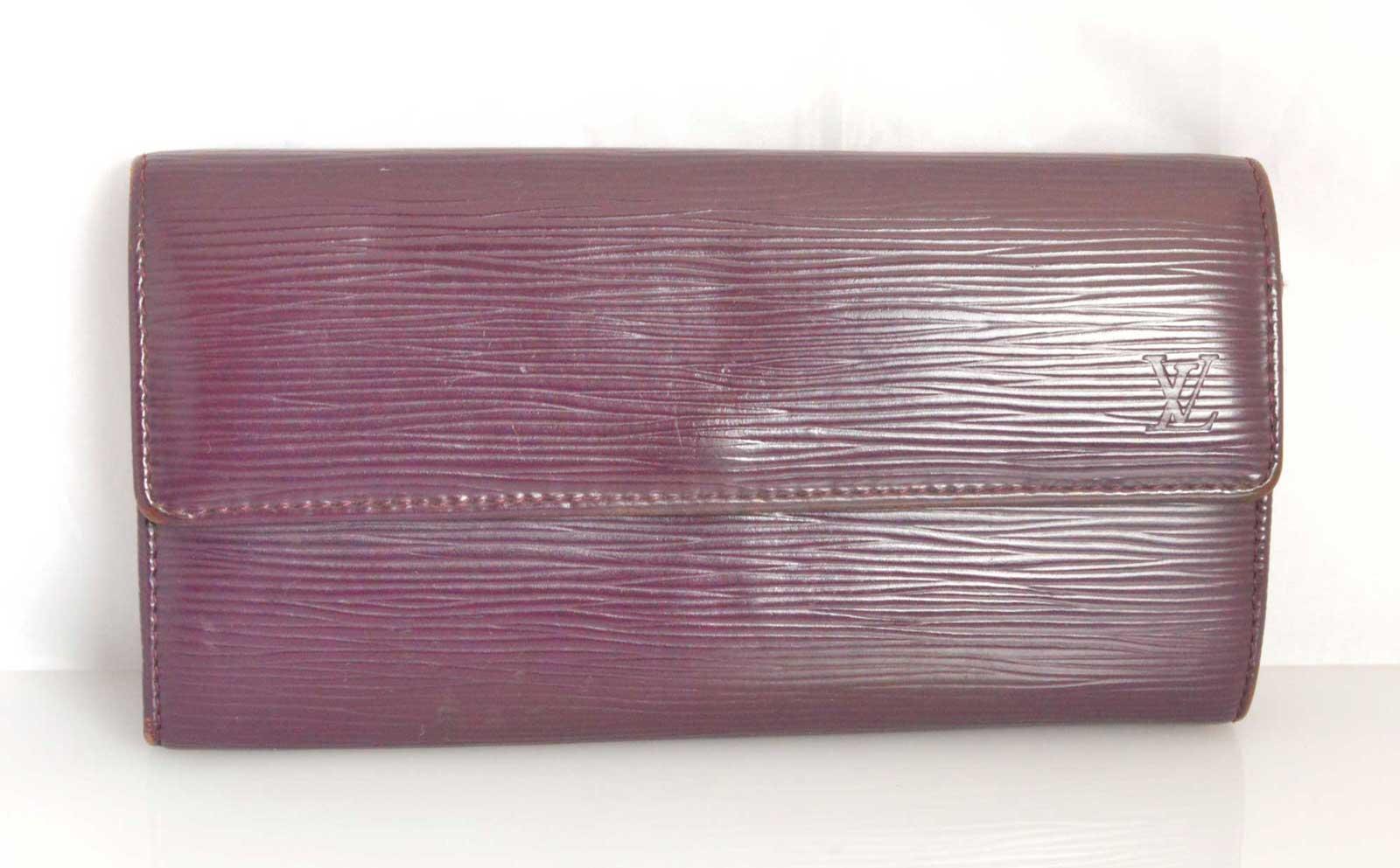 (2093) 【ルイ・ヴィトン】 ルイヴィトン エピ ポルトフォイユサラ М6374K 二つ折り長財布 [財布] 【中古】