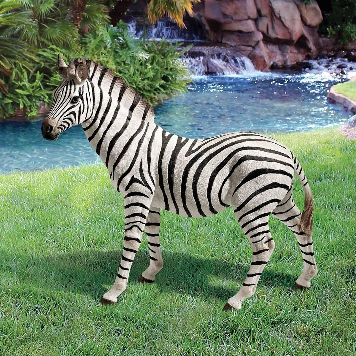 デザイン・トスカノ製 「ゾラ」 縞馬(シマウマ)像 彫刻 彫像/ Zora, the Zebra Statue(輸入品)