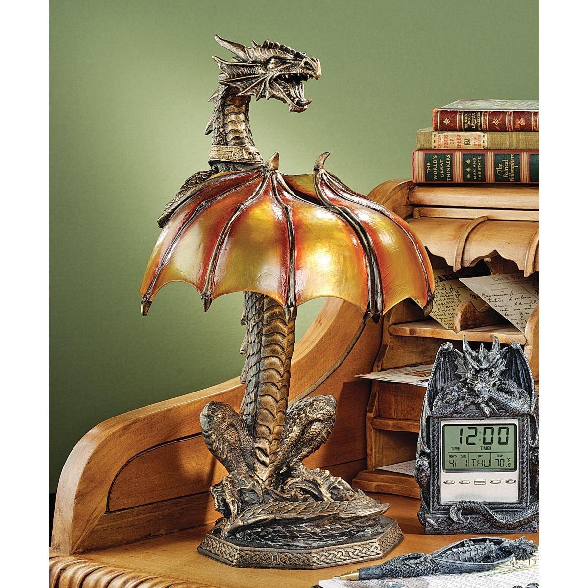 デザイン・トスカノ製 ドラゴンの卓上スタンドライト(ランプ) イルミネーション彫像 彫刻/ Dragon Strike Illuminated Sculpture(輸入品