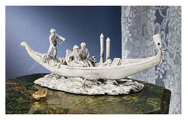 ベニス ロマンチックな ゴンドラ 彫刻 彫像/ The Romantic Gondola Sculpture(輸入品)