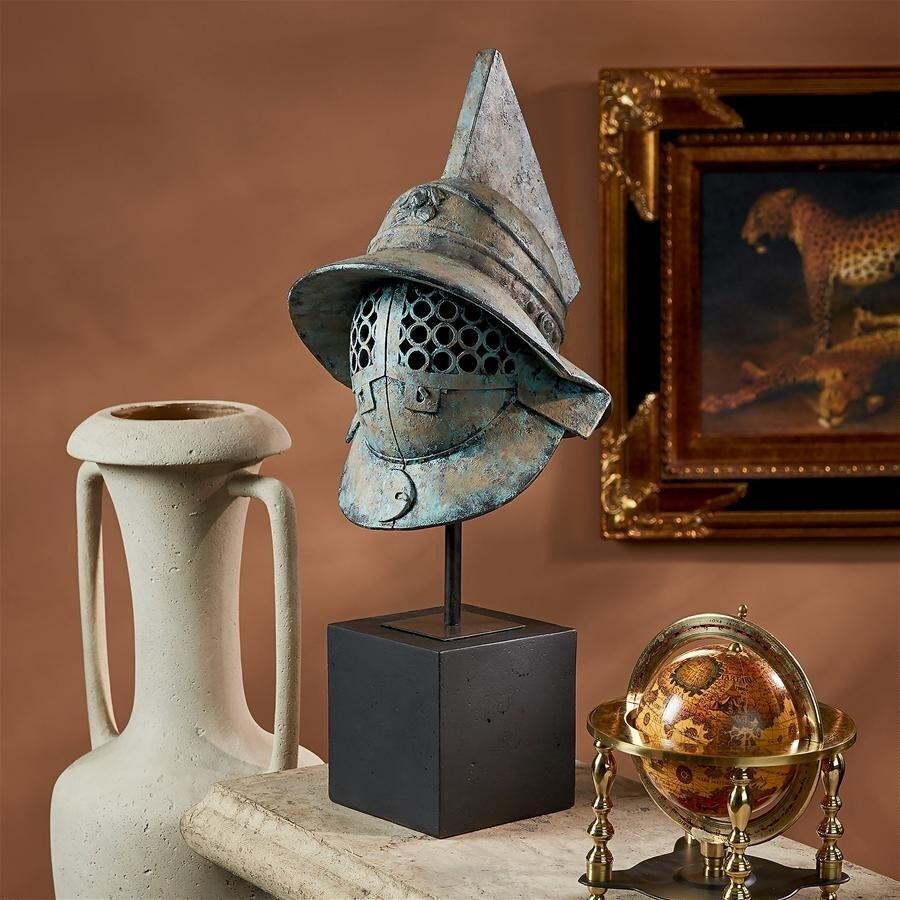 古代ローマ ポンペイの剣闘士(グラディエーター)の兜  デザイン・トスカノ製 古代ローマ ポンペイの剣闘士(グラディエーター)の兜 ヘルメット 彫像 彫刻(輸入品)
