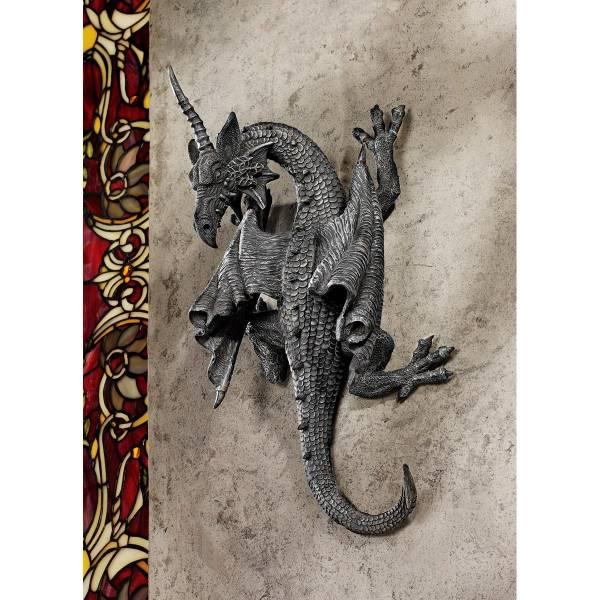 デザイン・トスカノ製 壁に、とりつく角のある龍(竜) ドラゴン デボンシャー壁彫刻 彫像 高さ 約28cm(輸入品)