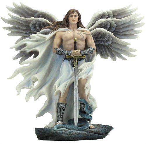 剣と三対六枚の翼を持つ熾天使(セラフィム) ライトカラーストーン風 ゴシック様式 彫像 彫刻(輸入品)