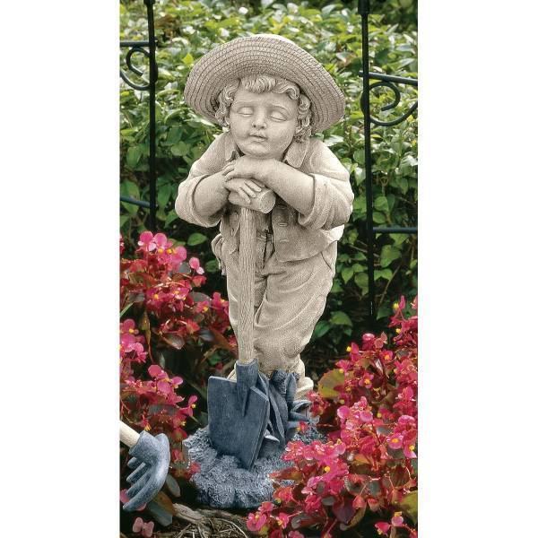 ガーデニングでスコップを持った男の子 エクステリア置物オブジェ 彫像 彫刻 デザイン・トスカノ製(輸入品)